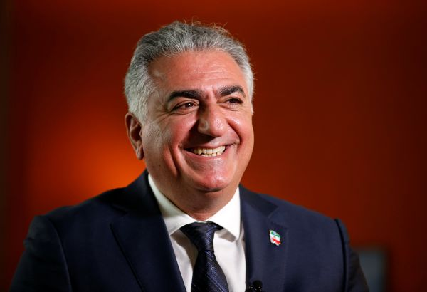 Reza Pahlavi asks for support from US