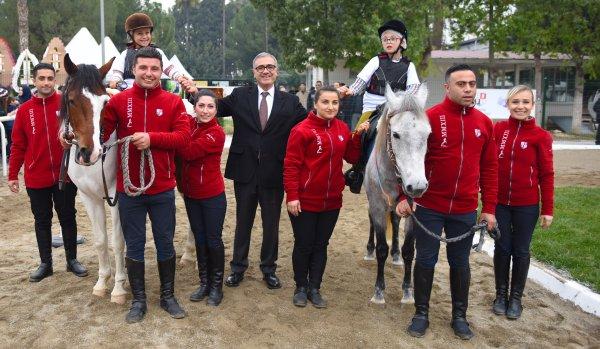 Türkiye Jokey Kulübü, 6. At'la Terapi Merkezini açtı