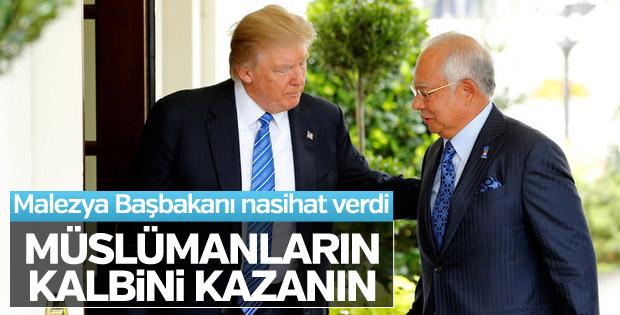 Trump Malezya Başbakanı Rezak ile görüştü