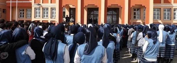 Tosya imam hatip öğrencilerinden Atatürk koreografisi