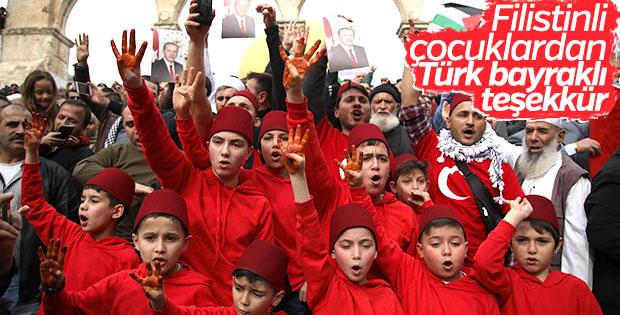 Filistinliler Erdoğan ve Türkiye'ye teşekkür etti