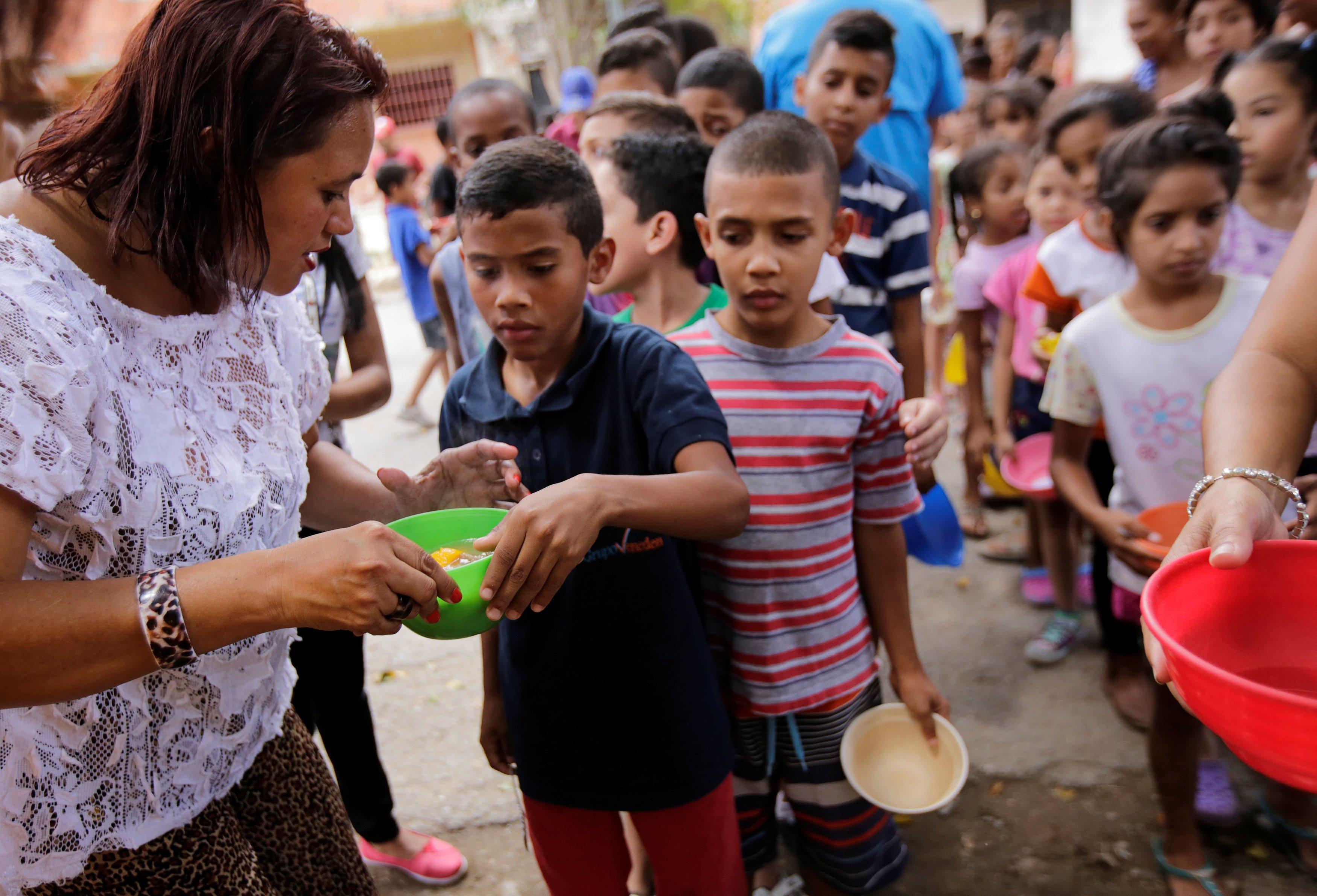 Poor People Toys : Venezuela da halkın durumu kritik
