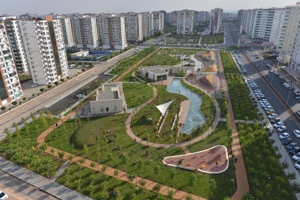 Diyarbakır'da kayyum 34 bin metrekarelik Temapark açtı