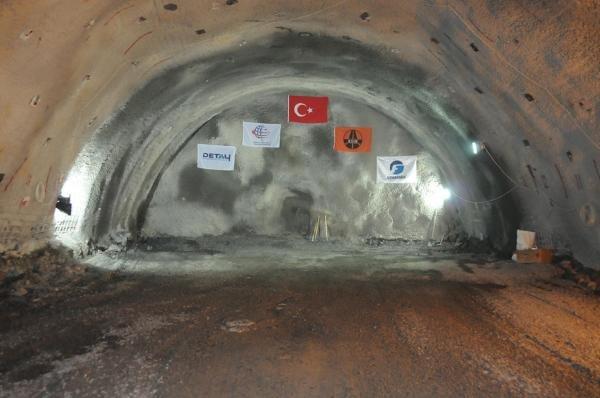 Karadeniz- Akdeniz otoyolunda sona gelindi