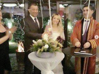Borçlar Şevket Çoruh'a düğün yaptırmadı