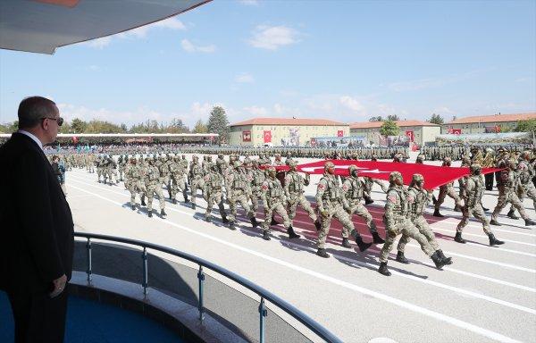 Başkan Erdoğan: Her Türk askere gitmeli