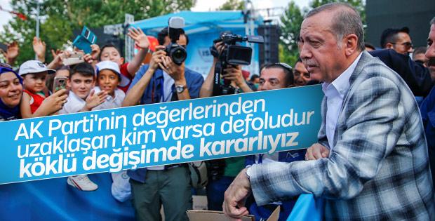 Cumhurbaşkanı Erdoğan AK Parti'de değişim sinyali verdi