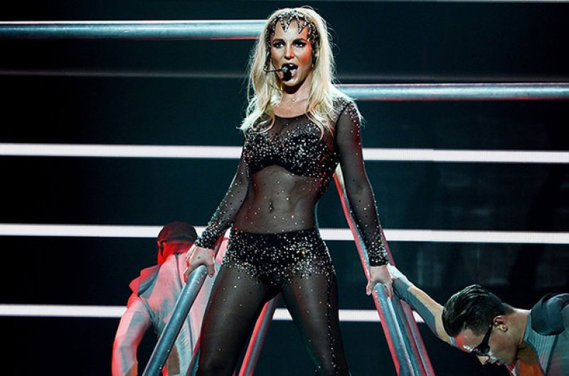 a report on britney spearss use of the media to promote her music career Popstar britney jean spears was born on december 2, 1981 in mccomb, ms to mom lynne and dad jamie spears she was raised in kentwood, la spears has an older brother, bryan, and a younger sister.