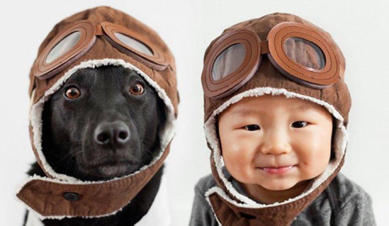 Japon bebeğin en yakın arkadaşları ile sevimli fotoğrafları