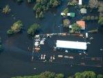Florence Güney Karolina'yı sular altında bıraktı