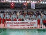 Trabzon'da Şöhretler ve Efsaneler Futbol Turnuvası