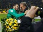 Nuri Şahin'e Dortmund'da çiçeklerle karşılama