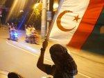 Filipinler'de Moro Müslümanlarının referandum sevinci