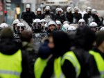 France allows security forces to open fire at Yellow Vests