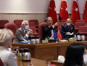 Turkish Defense chief calls EU to be objective