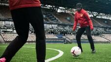 Finlandiya Futbol Federasyonundan Müslüman sporculara başörtü