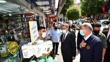 Hulusi Akar, Malatya'da esnafı ziyaret etti