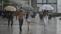 İstanbul için beklenen 'çok kuvvetli' yağış başladı