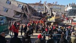 Elazığ'daki Dilek Apartmanı'nın yıkılmasından birbirlerini suçladılar