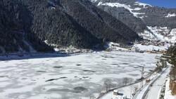 Trabzon'a yağan karla birlikte, Uzungöl buz tuttu