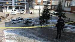 Ankara'da bir kadın sokak ortasında vurularak öldürüldü