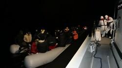 Balıkesir'de 36 sığınmacı kurtarıldı