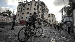 Tedavi için Mısır'da bulunan Gazzeli yaralılardan biri 5 yaşında