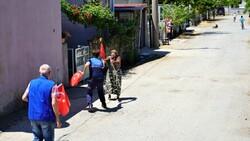 Kırklareli'de 19 Mayıs Marşı'nı duydu, yalın ayak sokağa koştu