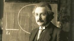 Einstein'ın el yazısı mektubu, 1.2 milyon dolara alıcı buldu