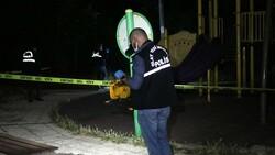 İzmir'de parkta bıçaklı kavga: 1 ölü