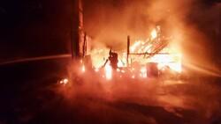 Gebze'de kereste fabrikasında yangın meydana geldi