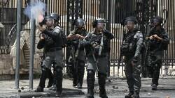 İsrail'den Lübnan'a gaz bombalı saldırı