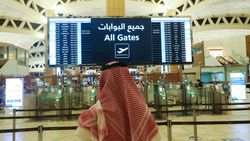 Suudi Arabistan, 11 ülkeden yolcuların seyahat yasağını kaldırdı