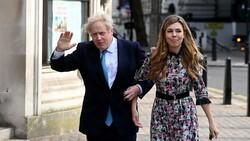 Boris Johnson gizli törenle yeniden evlendi