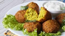 Ortadoğu mutfağının göz bebeği: Falafel tarifi