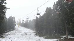 Uludağ'a Haziran ayında kar yağdı