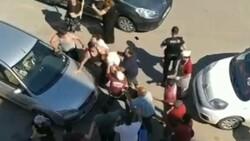 Antalya'da çocuklar tartıştı, aileleri kavga etti