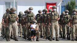 Gaziantep'te komandolar Suriye'ye uğurlandı