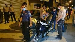 Adana'da 3 kardeş bekçilere ateş açıp kaçtı