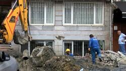 Fatih'te İSKİ çalışması elektrik kablolarını patlattı, bir aile mağdur oldu