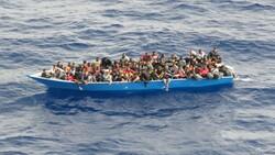 Tunus'a sürüklenen 80 düzensiz göçmen kurtarıldı