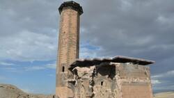 Kars'ta Anadolu'nun ilk Türk camisinde ezan sesi yankılandı