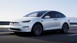 Tesla, 25 bin dolarlık elektrikli araç projesinde sona geldi