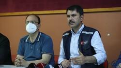 Bakan Kurum: En kısa zamanda selzede vatandaşların yaralarını saracağız