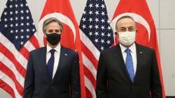 Mevlüt Çavuşoğlu, ABD'li mevkidaşıyla Afganistan'ı konuştu
