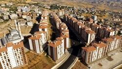 Şırnak'ta hendek terörü mağduru aileler, yeni konutlarına kavuştu