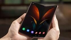 Samsung, bu yıl 6.5 milyon katlanabilir akıllı telefon satmak istiyor