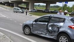 Sinop'ta 2 araç çarpıştı: 2 yaralı