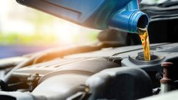 Sıcak havalarda araç bakım ve yağ değişimine dikkat