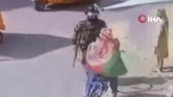 Taliban'ın Afganistan bayrağı taşıyanlara müdahalesi